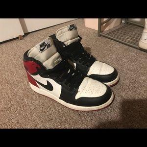 Black toe air Jordan 1